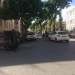 Ancora un altro incidente oggi pomeriggio in Via Geraci, auto ribaltata, nessun ferito.
