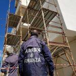 Sigilli della Guardia di Finanza ad un cantiere edile a Sperone, denunciato il titolare dell'impresa