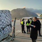 Coronavirus: atterrato a Palermo un carico di 40 tonnellate di dispositivi acquistato dalla Regione [FOTO]